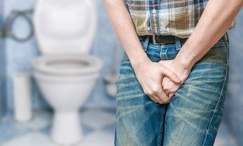 При остром воспалении мочевого пузыря появляются частые позывы в туалет