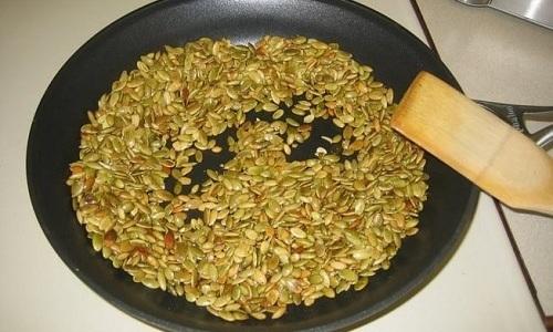 Жаренные тыквенные семечки при панкреатите употреблять нельзя